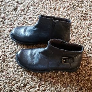Women Clarks leather boots size 7W